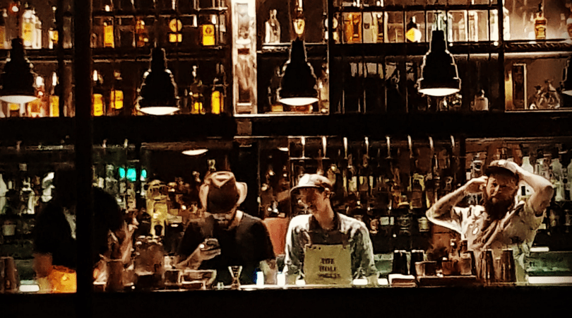 Conociendo los bares speakeasy de Buenos Aires