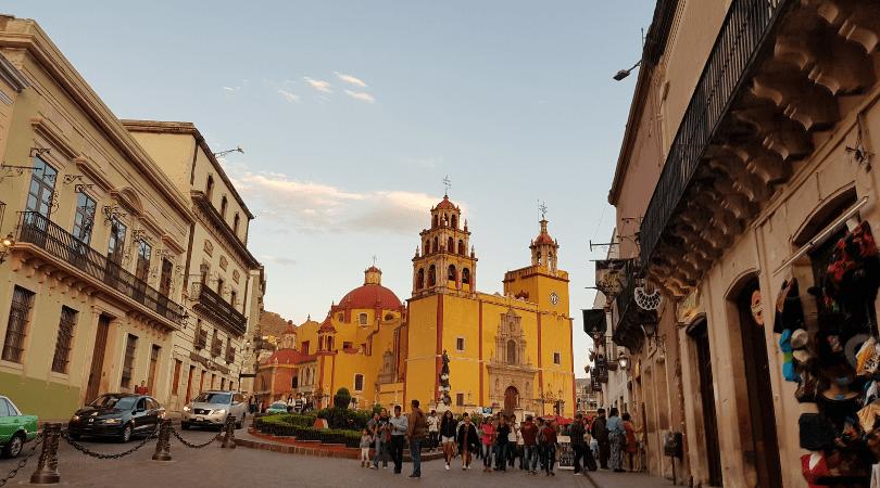 Pueblos mágicos mexicanos- Guanajuato, colores, bohemia y alboroto