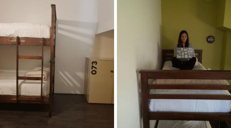 Nuestra habitación de 2 pisos estilo loft tenía una litera en cada uno y lockers para nuestras cosas