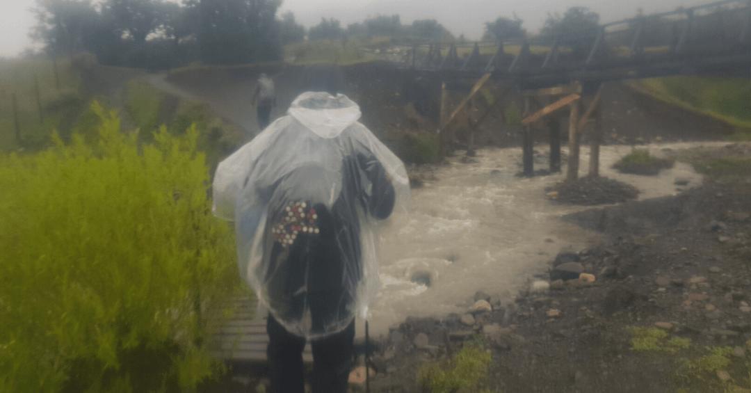 Así fue el primer tramo, si usas capas de lluvia asegúrate de que queden ajustadas para que no te incomoden