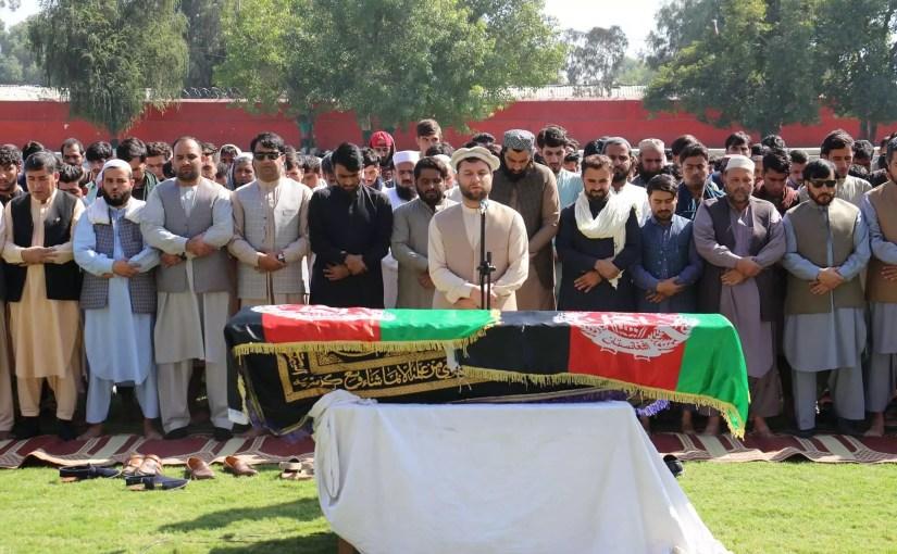 مراسم خاک سپاری جنازه نجیب ترکی ستاره نام آشنای تیم ملی کرکت افغانستان