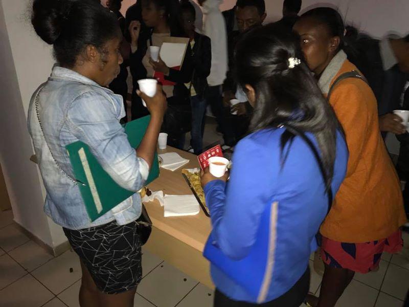Fanamby Nantsoina BenjaminaSarah Haingotiana Mamisu Nadia 14 juin 2018 à 16:46