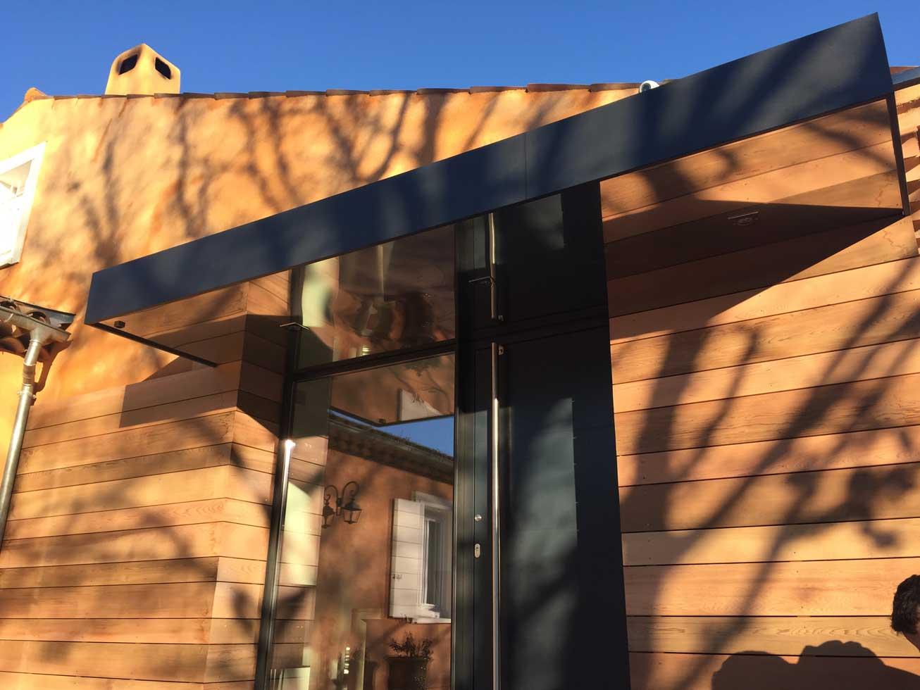 extension villa saint maximin bois details miroir