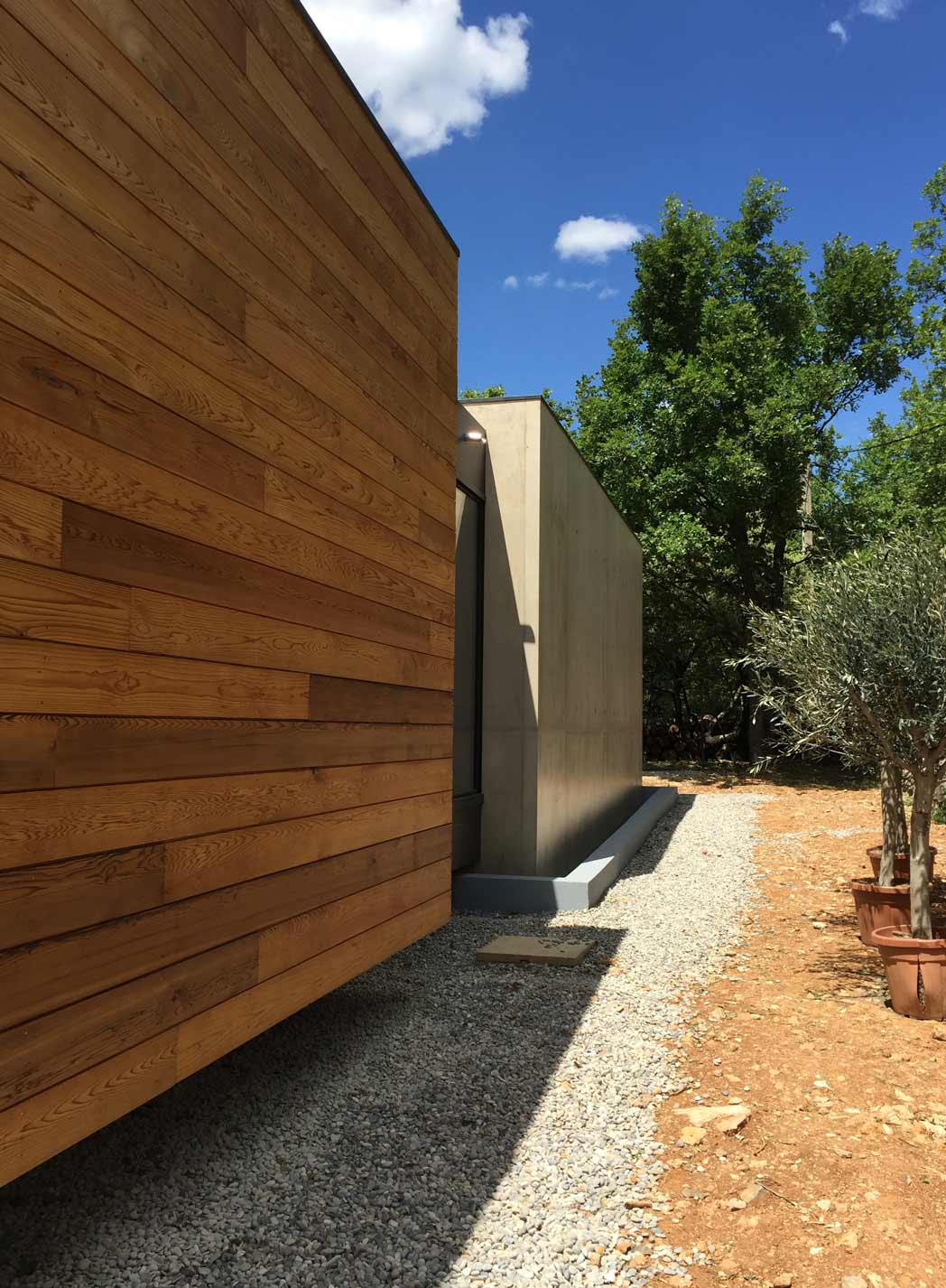 extension villa cubes melange materiaux