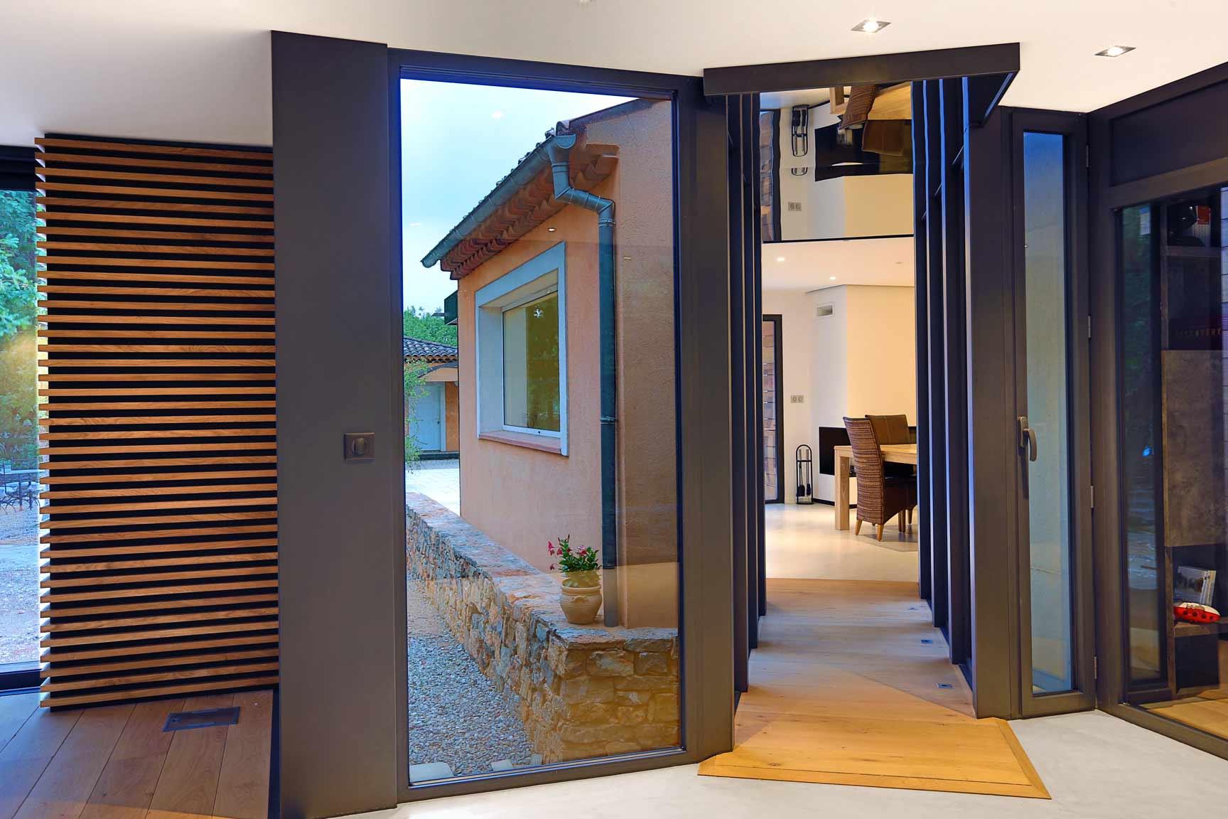 extension villa saint maximin interieur couloir