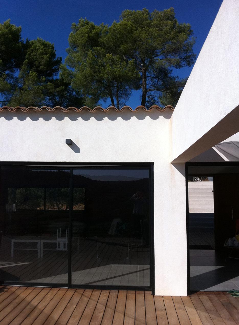villa contemporaine pierrefeu
