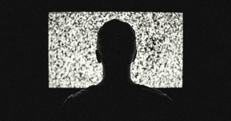 télé piratage hdsto illégal download iptv article 13 Edward Eyer - Pexels