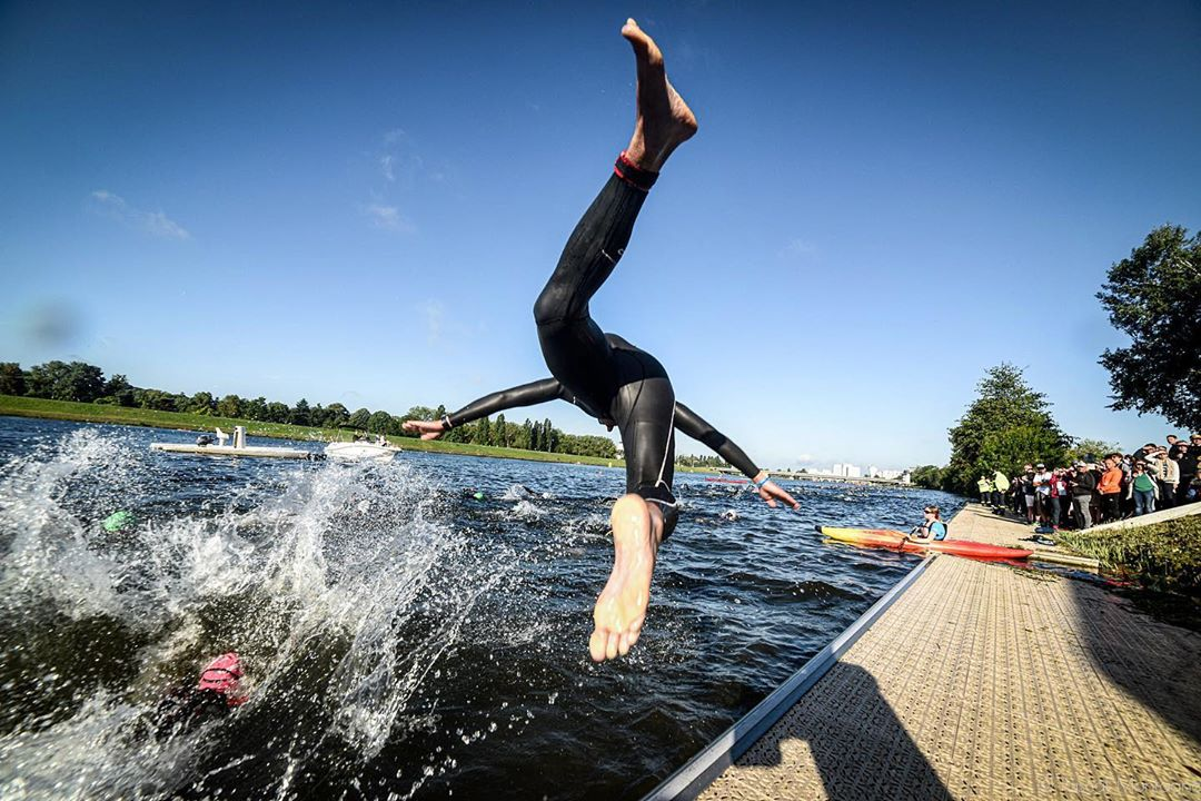 Loire valley Ironman. Pascal Montagne for @37degres #loirevalley #tours #france #sports #ironman #ironmanrecords #run #swim #bike #jump #water #sky #competitors #instagood #instalike @igerstours @villedetours