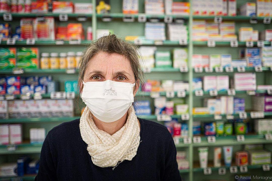 A masked French pharmacist get ready for the covid-19 crisis #pharmacy #coronavirus #tours #crisis #health #covid_19 #disease #mask #medical #medicine #pharmacie #sante #medecin