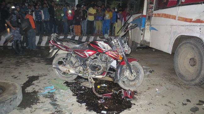 सवारी दुर्घटनाबाट मात्रै १२ जनाकाे मृत्यु