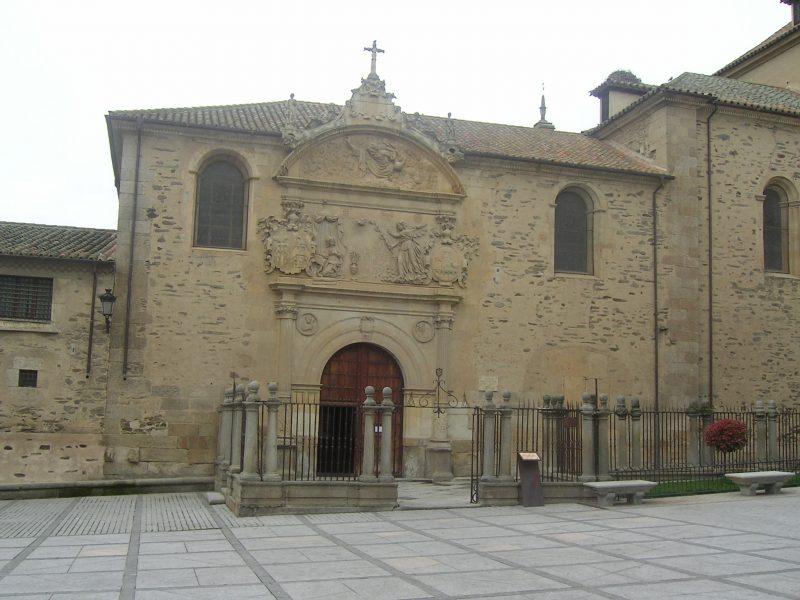 Iglesia de Alba de Tormes