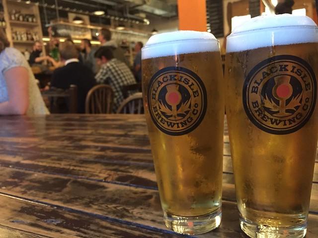 Cerveza organica Black Isle Inverness Escocia