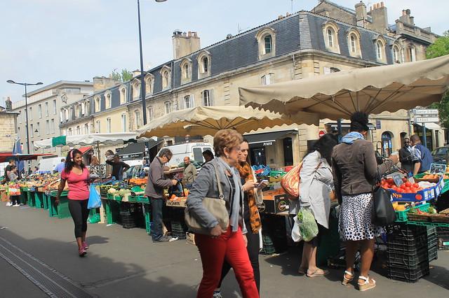 Mercado des Capucines Burdeos