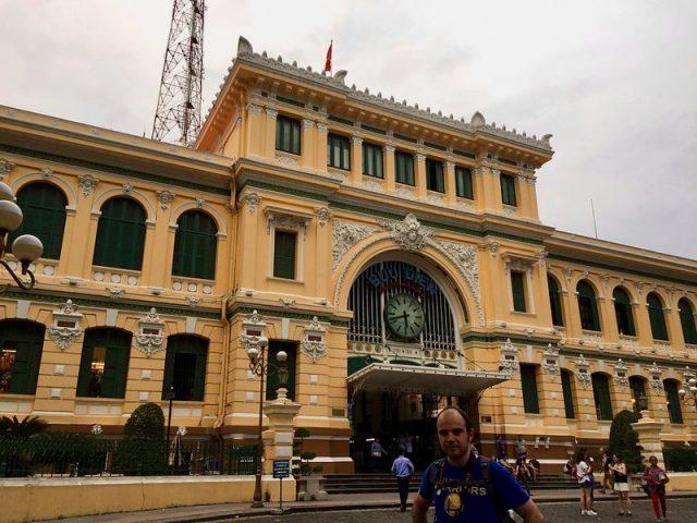 Oficina Central de Correos Ho Chi Minh Vietnam