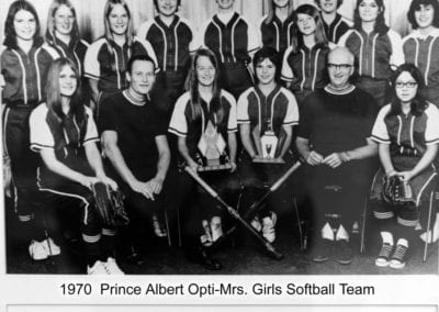 1970 Prince Albert Opti-Mrs. Softball – Team