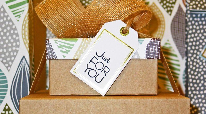 Stos prezentów, prezenty dla szydełko/drutomaniaczek