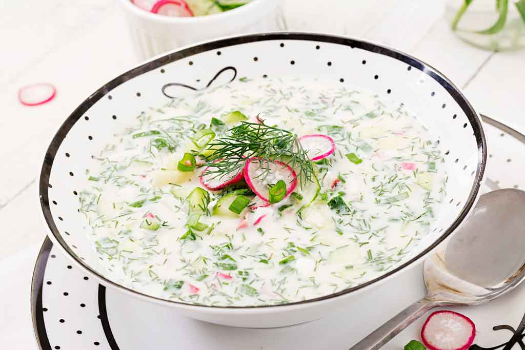 dobre bakterie - zupa ogórkowa na bazie jogurtu