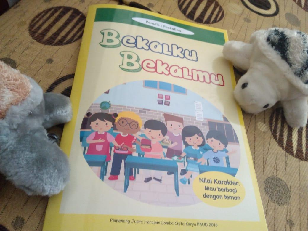Ibu di Rumah: Membacakan Buku untuk Anak (Batita, Balita)
