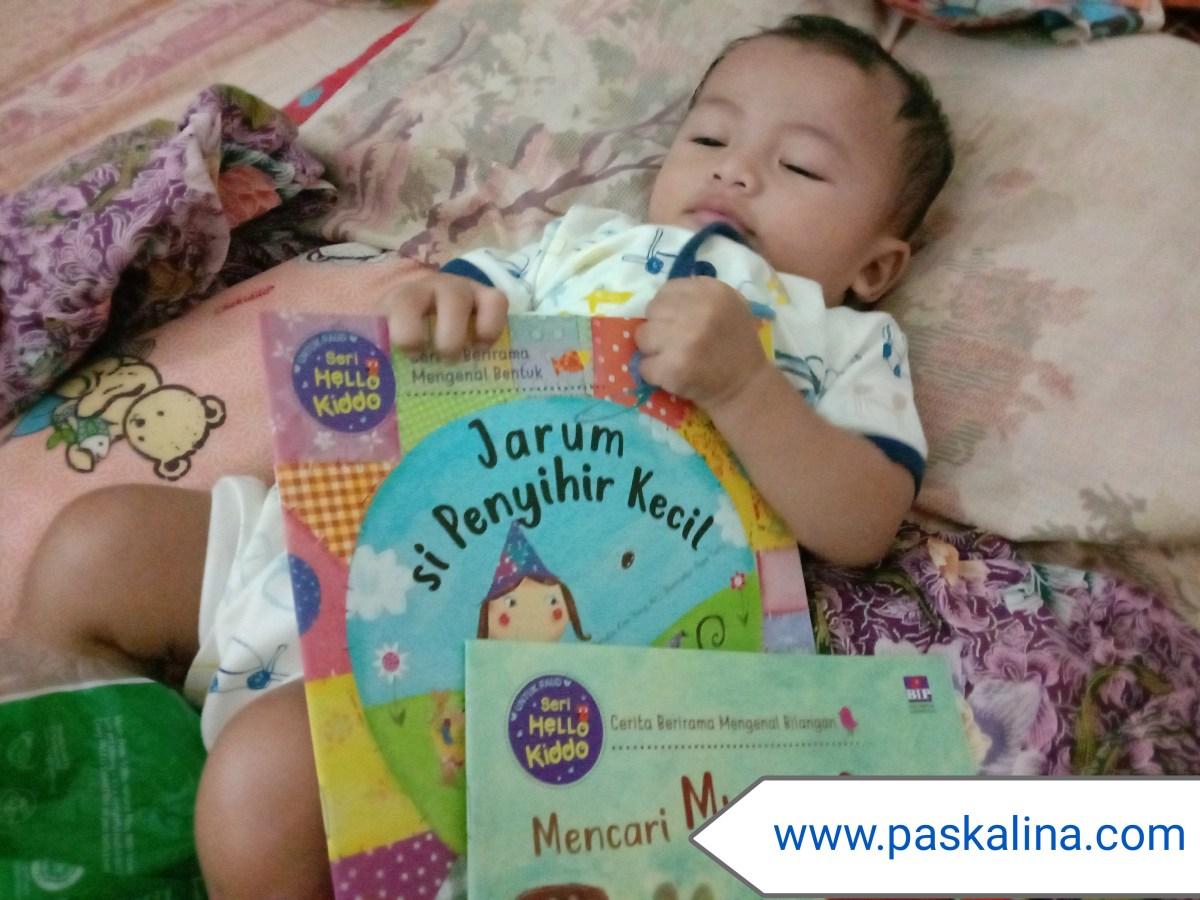 Buku Apa yang Cocok Dibacakan untuk Bayi?