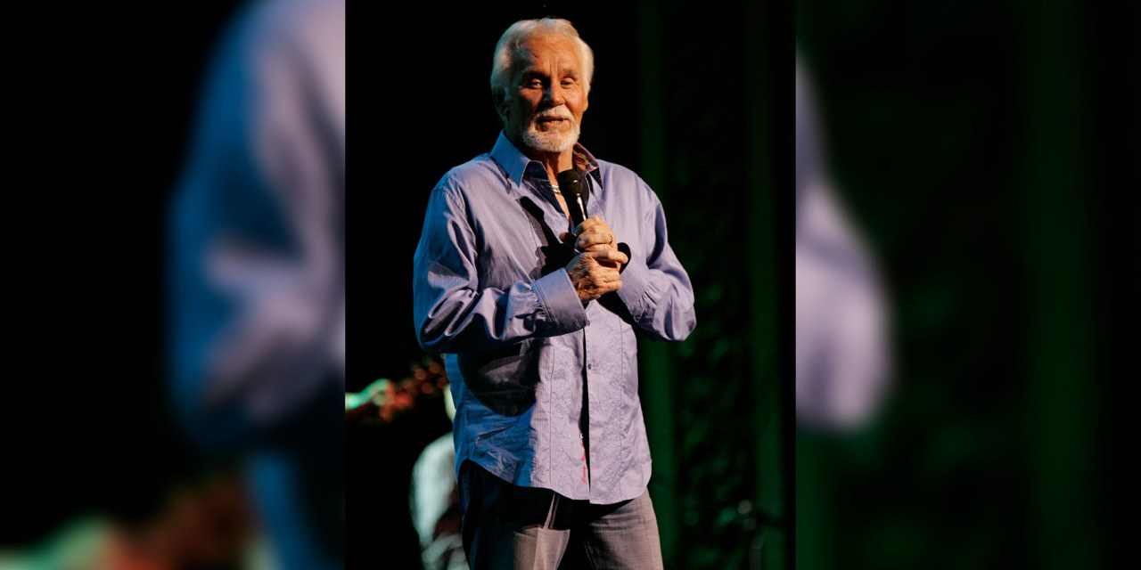 Kenny Rogers 'Just Dropped In', Passed Away at Age 81