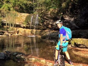 Test sac ultra trail vest montagne CAMP VTT vélo
