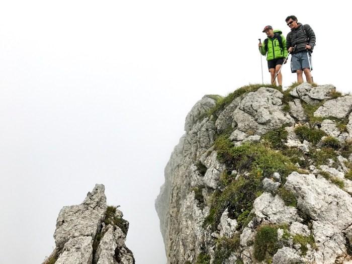 traversée des arretes d entre deux pertuis - chablais- randonnées du vertige haute savoie - Blog montagne et aventure http://pasquedescollants.com