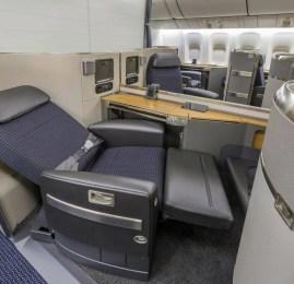 American Airlines recebe seu primeiro Boeing 777-300ER e mostra sua nova Primeira Classe