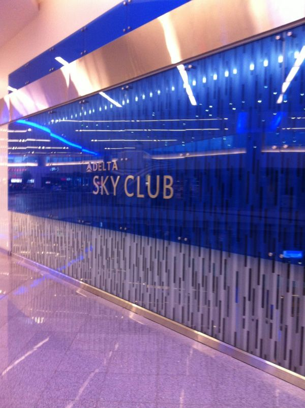 Delta SkyClub Terminal F