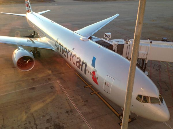 Boeing 777-300ER American Airlines