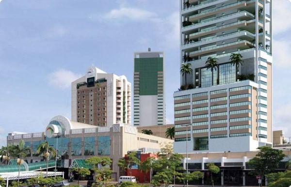 plaza shopping hotel