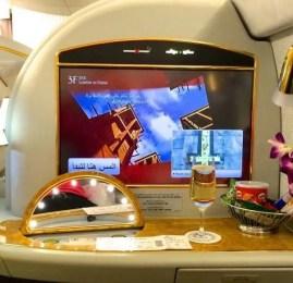 Faça 4 vôos nas Suites da Primeira Classe do A380 Emirates por 100.000 milhas