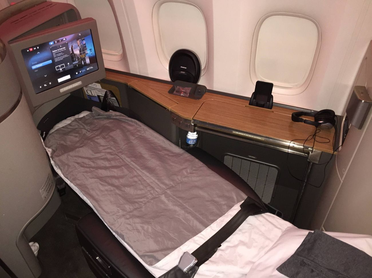 american airlines first class b777-300er primeira classe