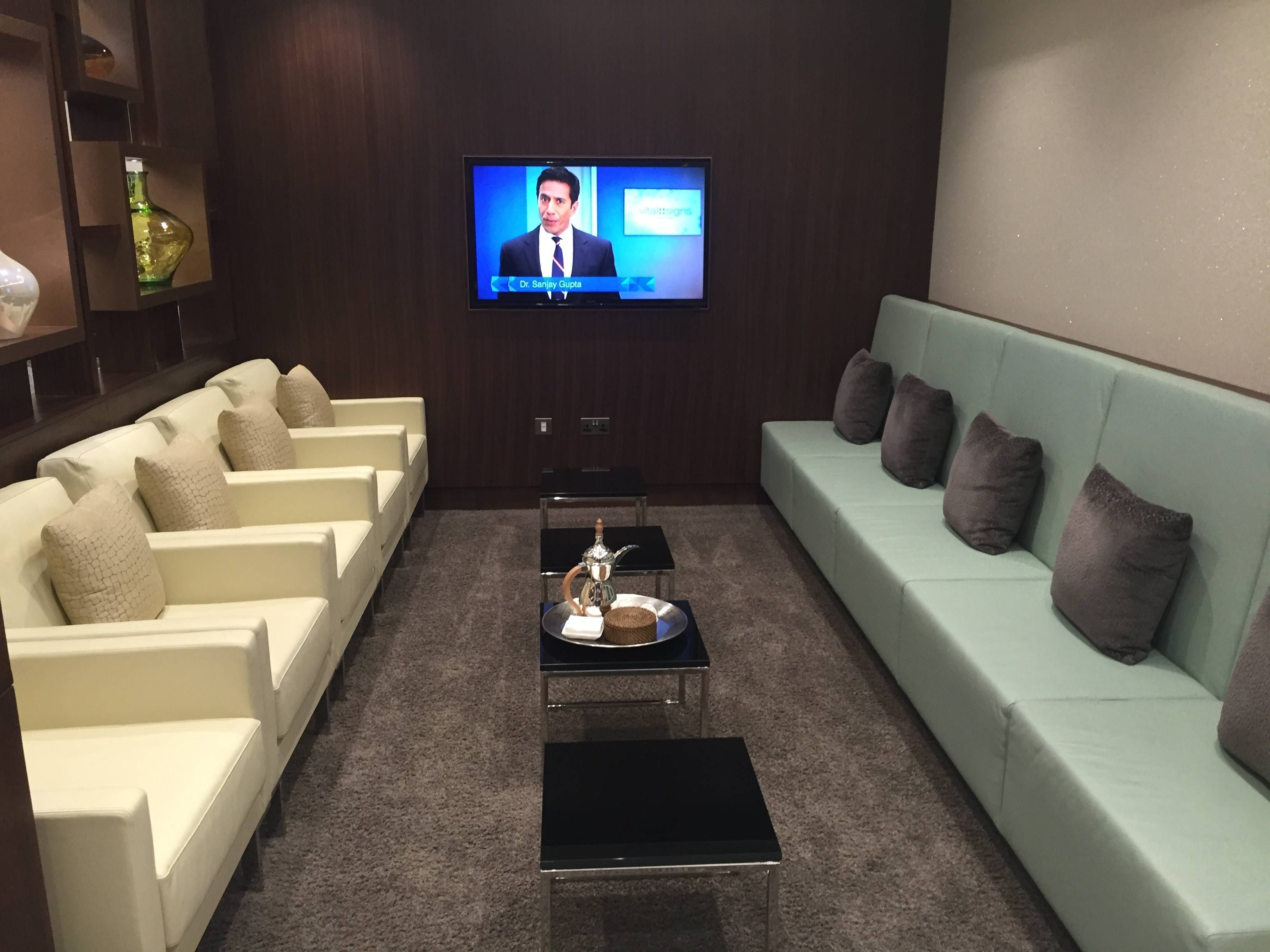 Etihad Arrivals Lounge Abu Dhani Passageirodeprimeira6