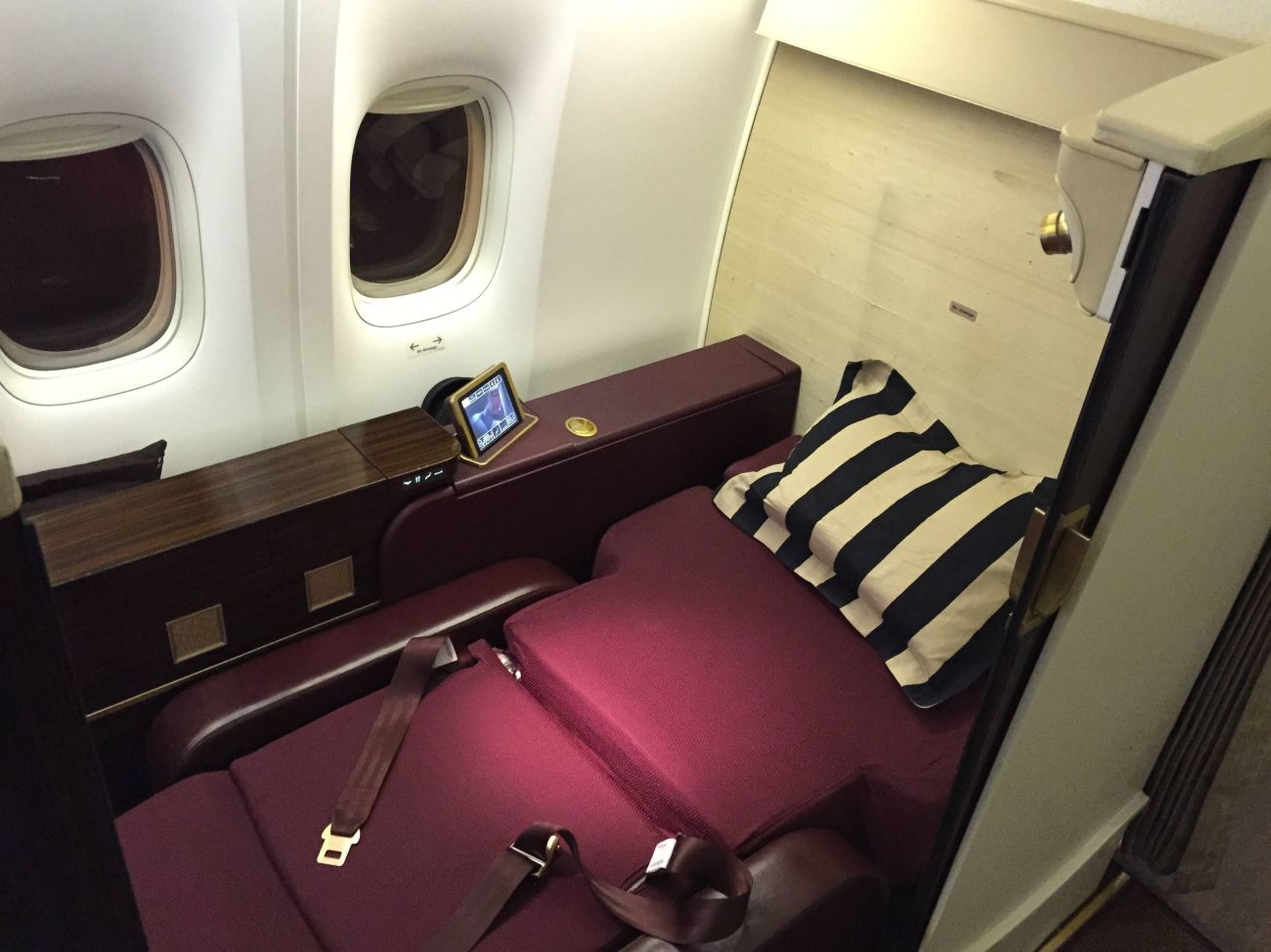 Jet Airways B777 First Class Etihad Passageiro de Primeira-22