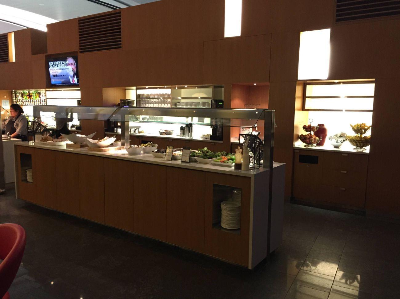 Maple Leaf Lounge Toronto -010