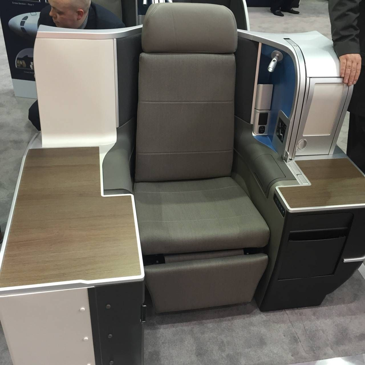 Aircraft Interiors Expo 2015-026