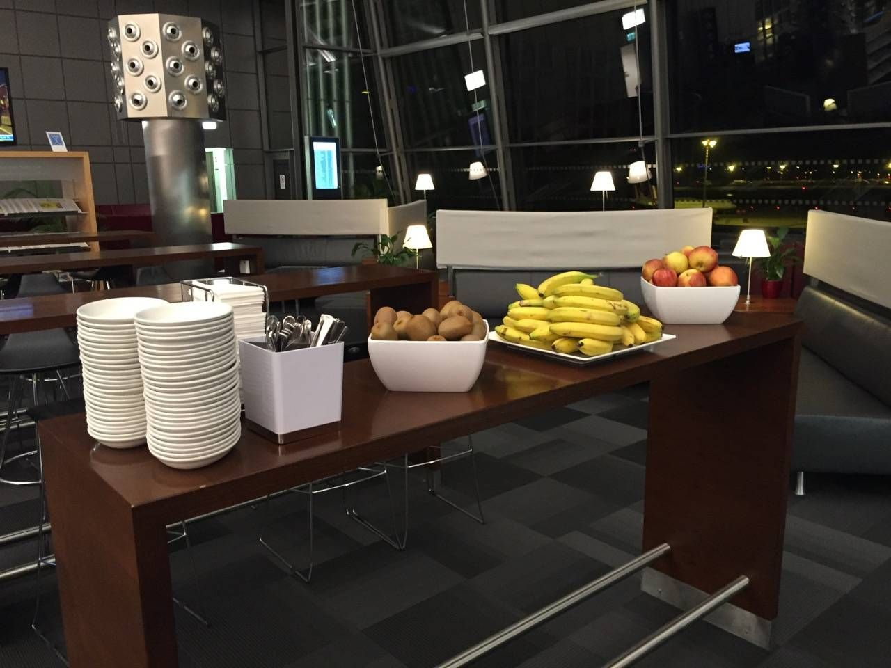Hamburg Airport Lounge -08