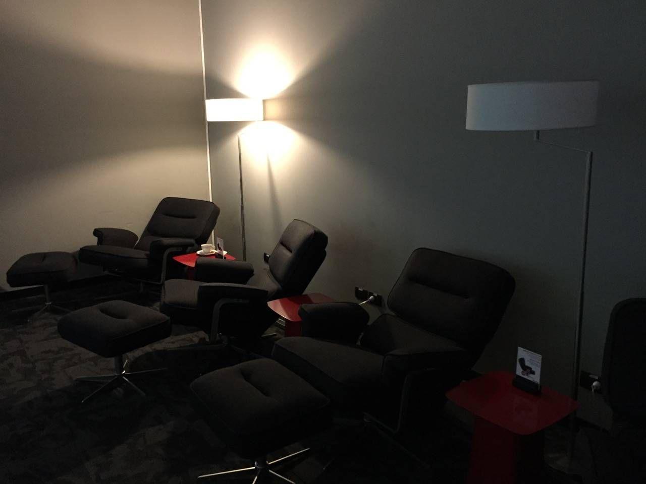 Avianca Lounge Bogota -011