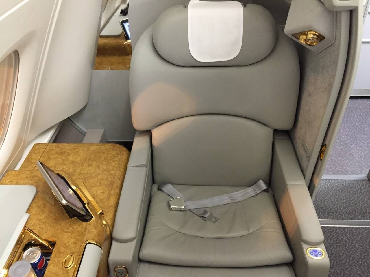 Emirates First Class PVG-DXB-018