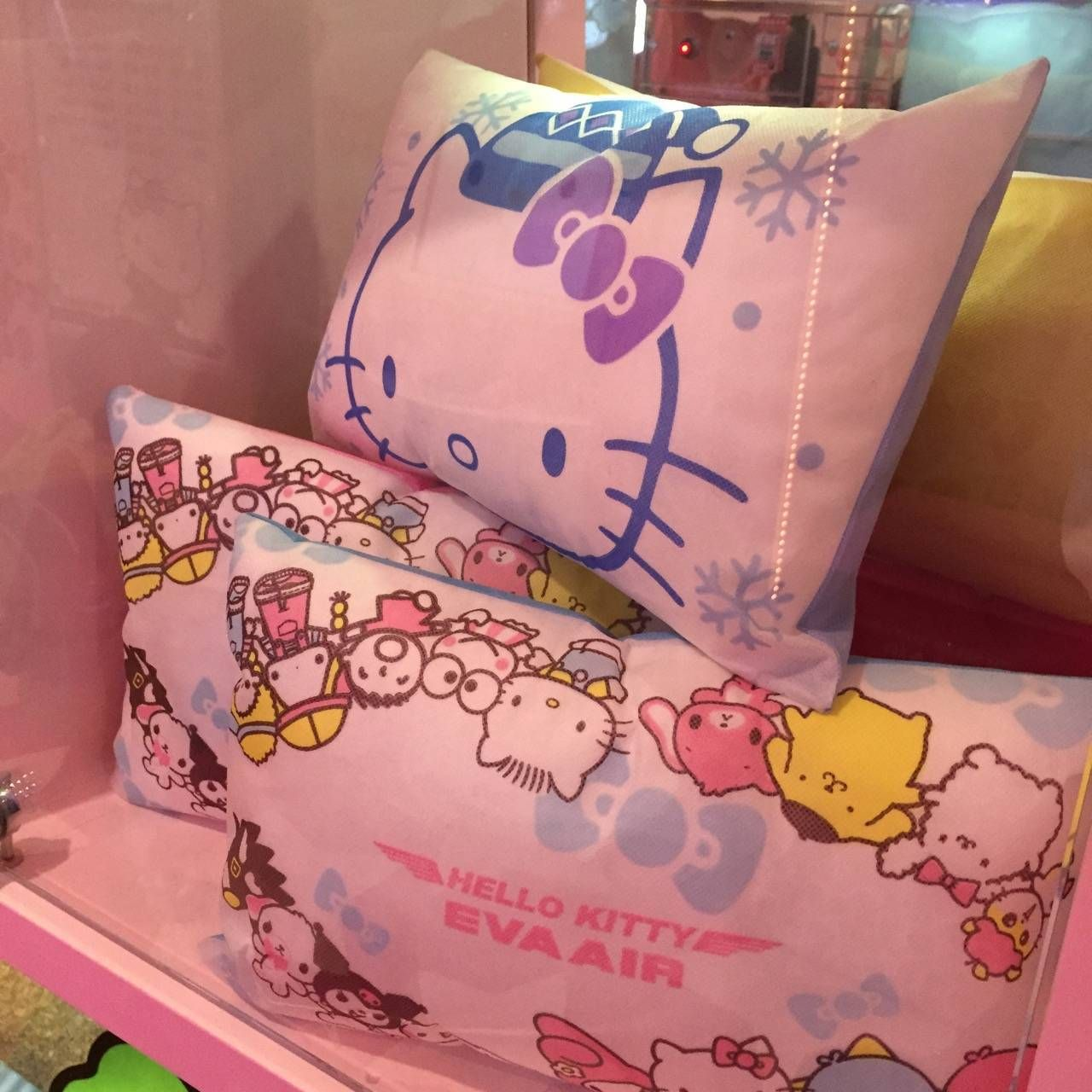 Hello Kitty Check-in4