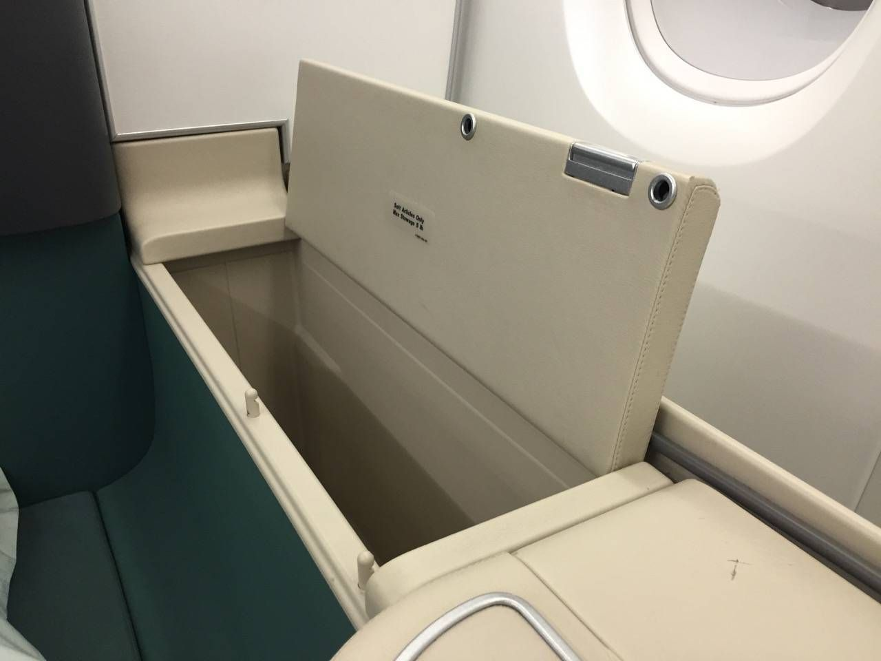 Korean Air First Class A380-020