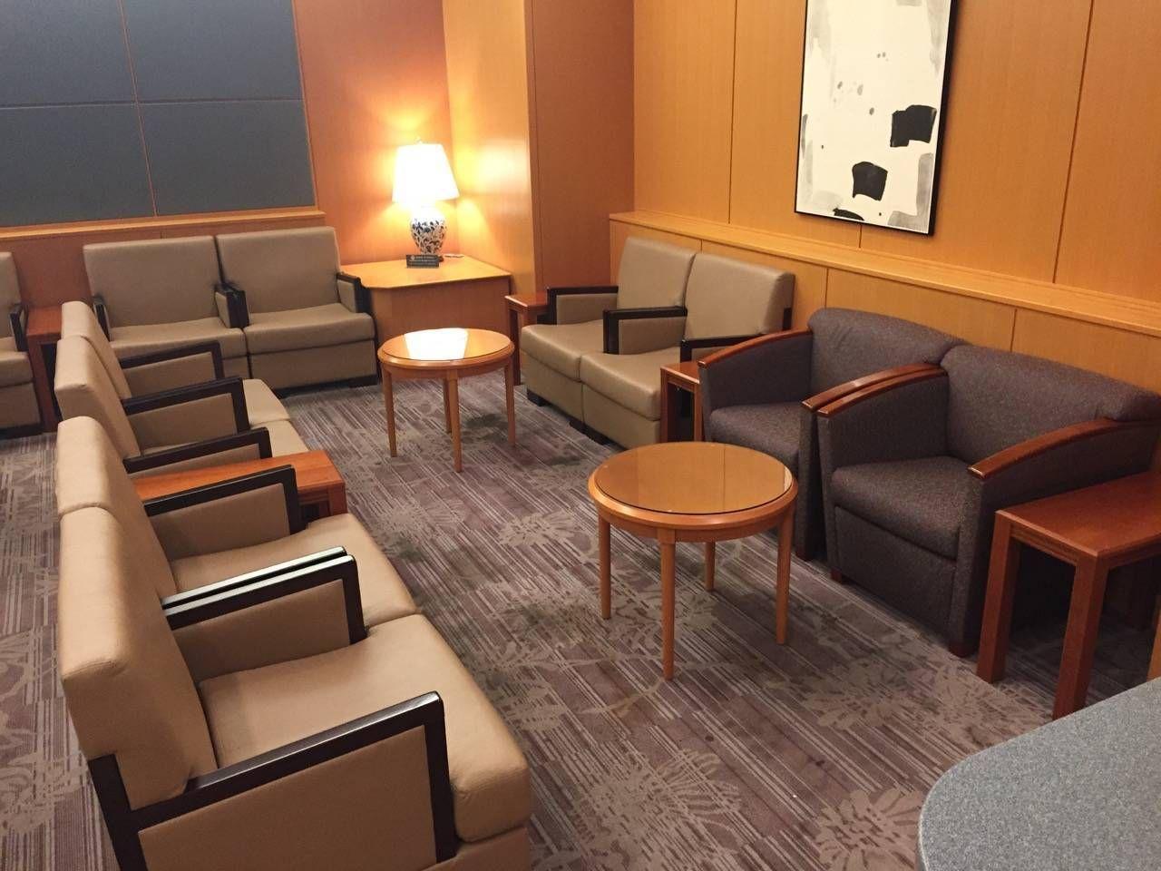 Sakura Lounge Fukuoka-03