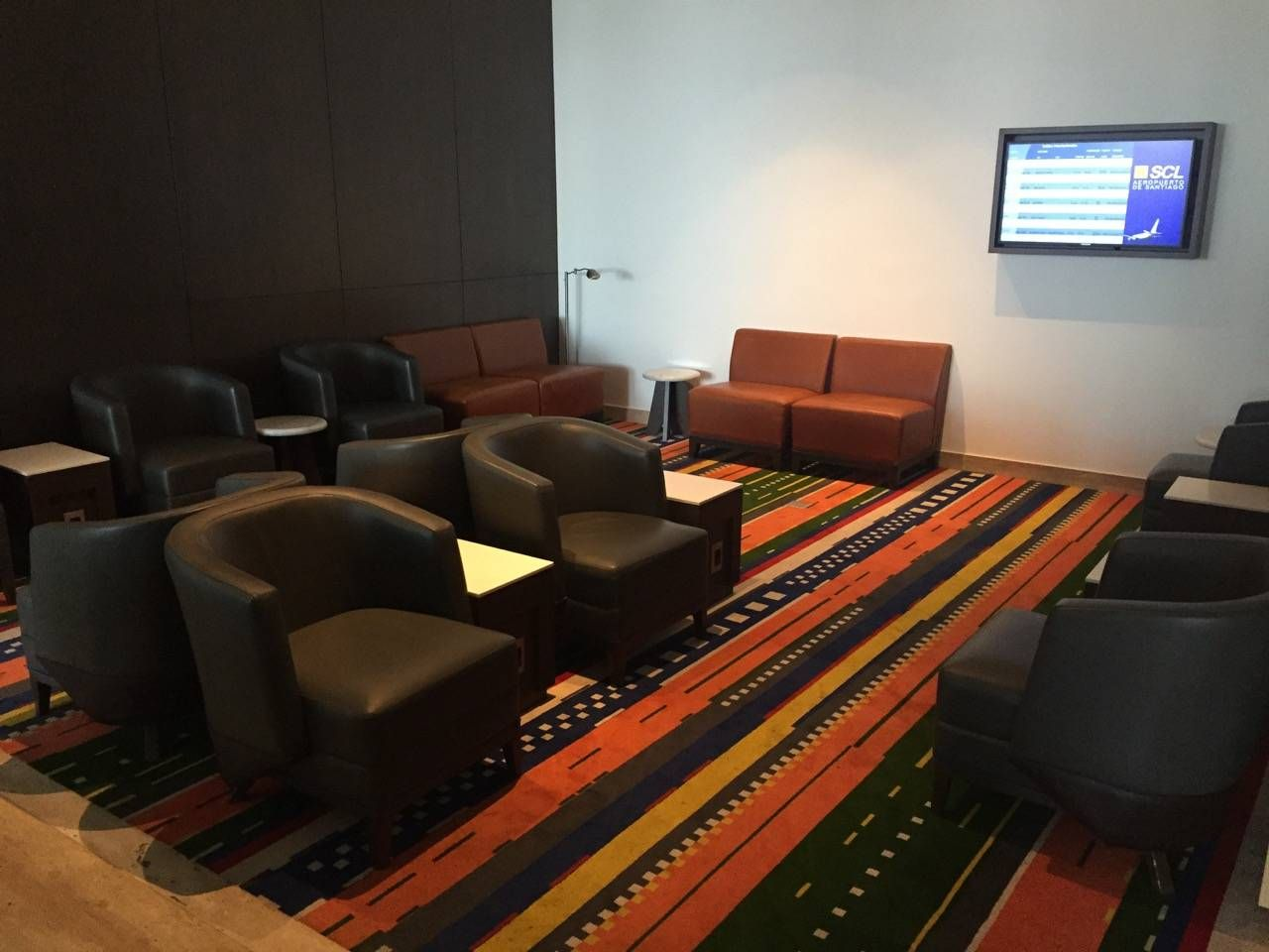 LATAM SCL VIP Lounge-01