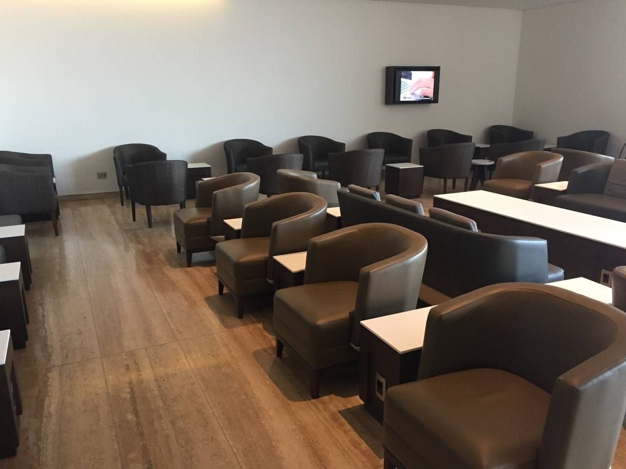 LATAM SCL VIP Lounge-03