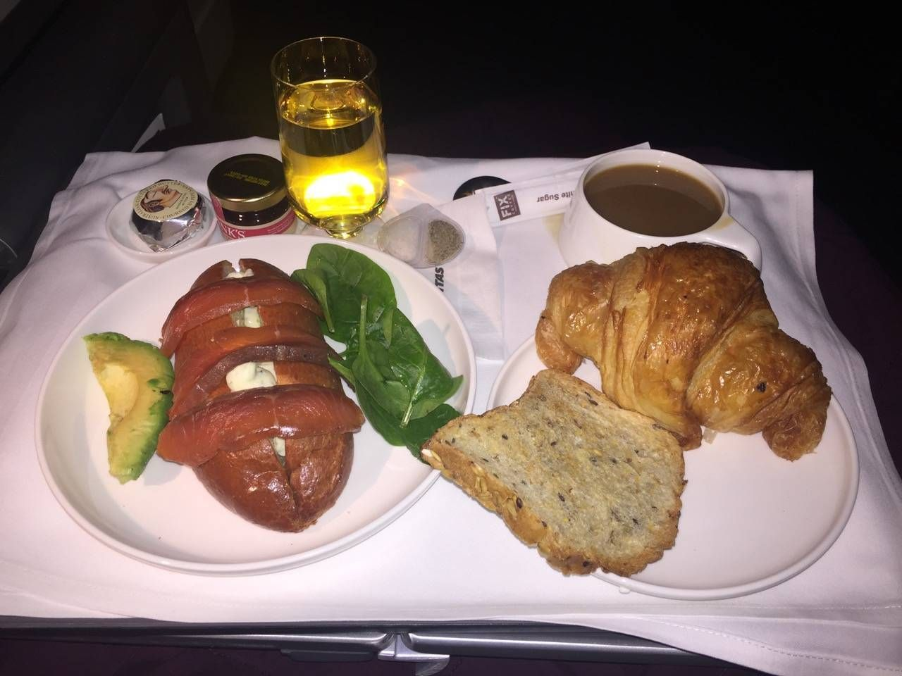 Qantas B747 Business Class-033