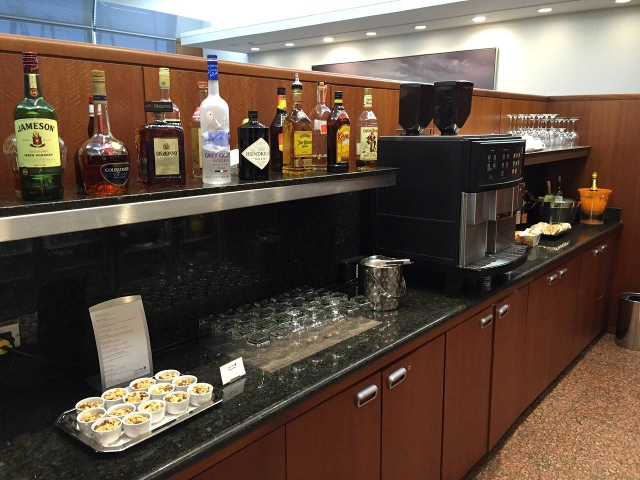 United Global First Lounge Chicago-010
