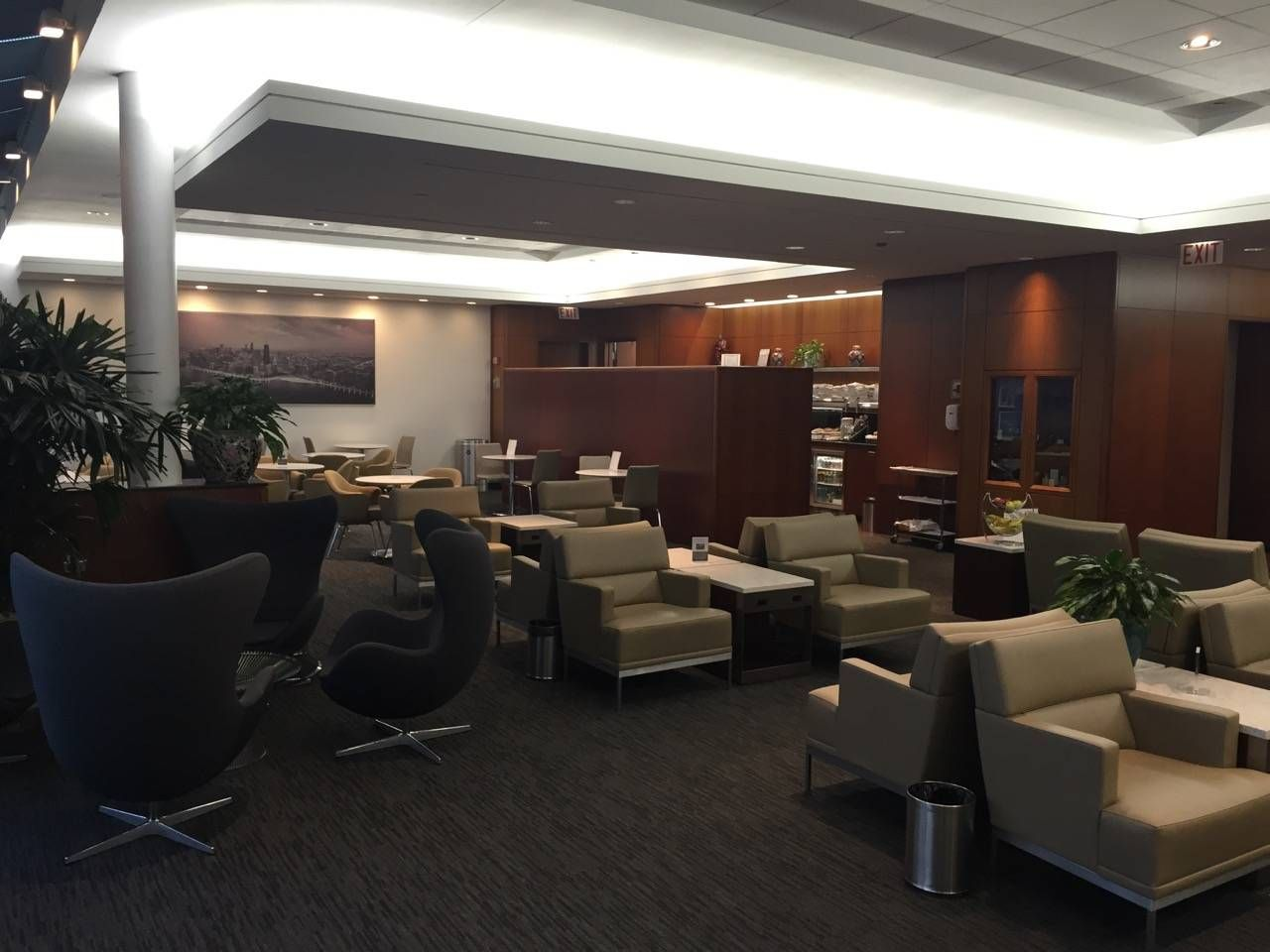United Global First Lounge Chicago-07