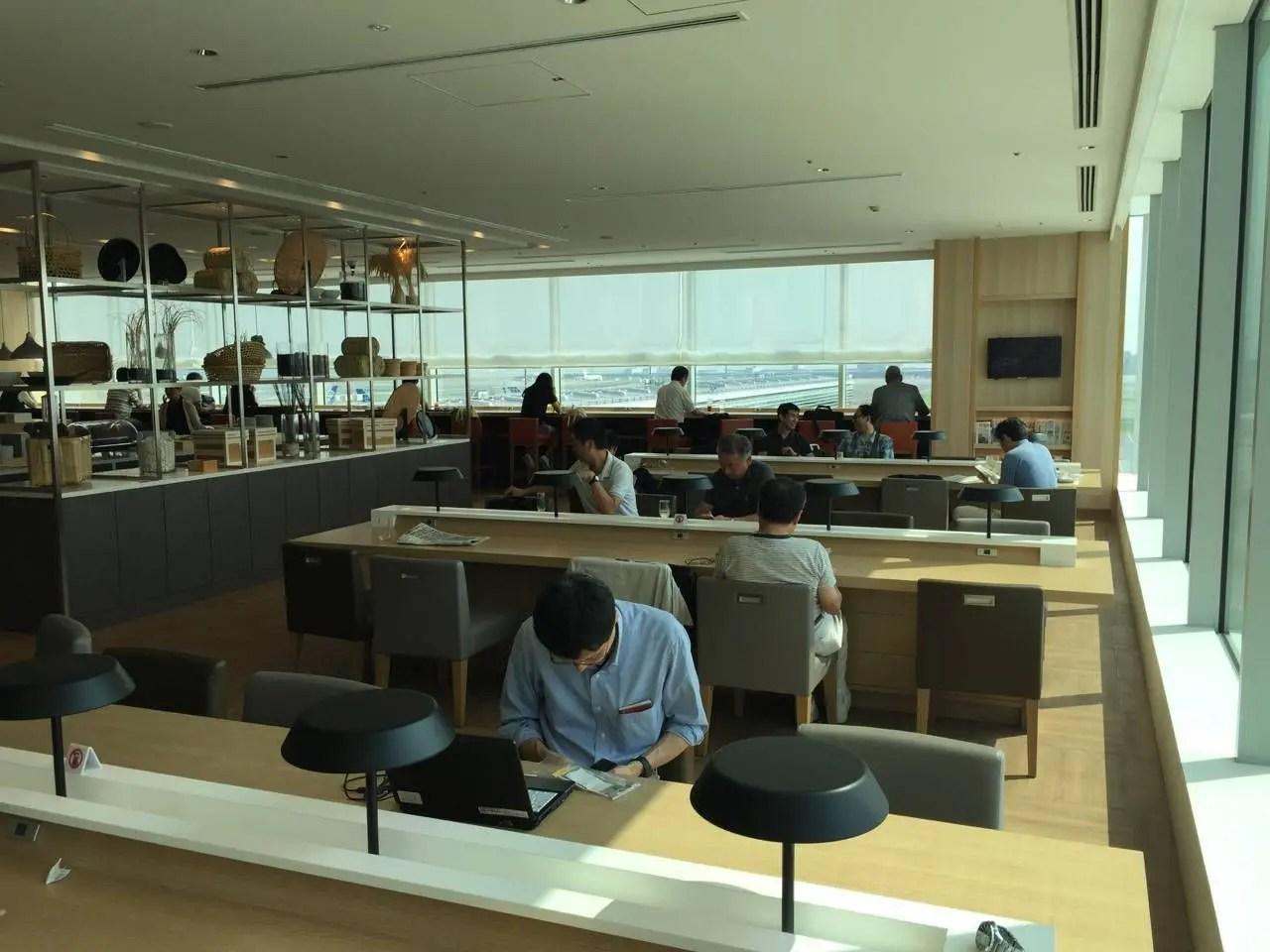 Sakura Lounge VIP Haneda-015