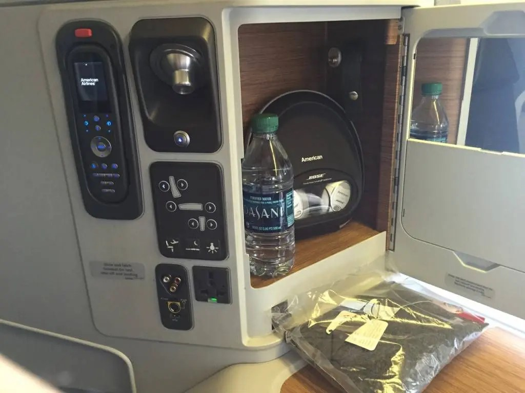 American Airlines B777-Business Class-014