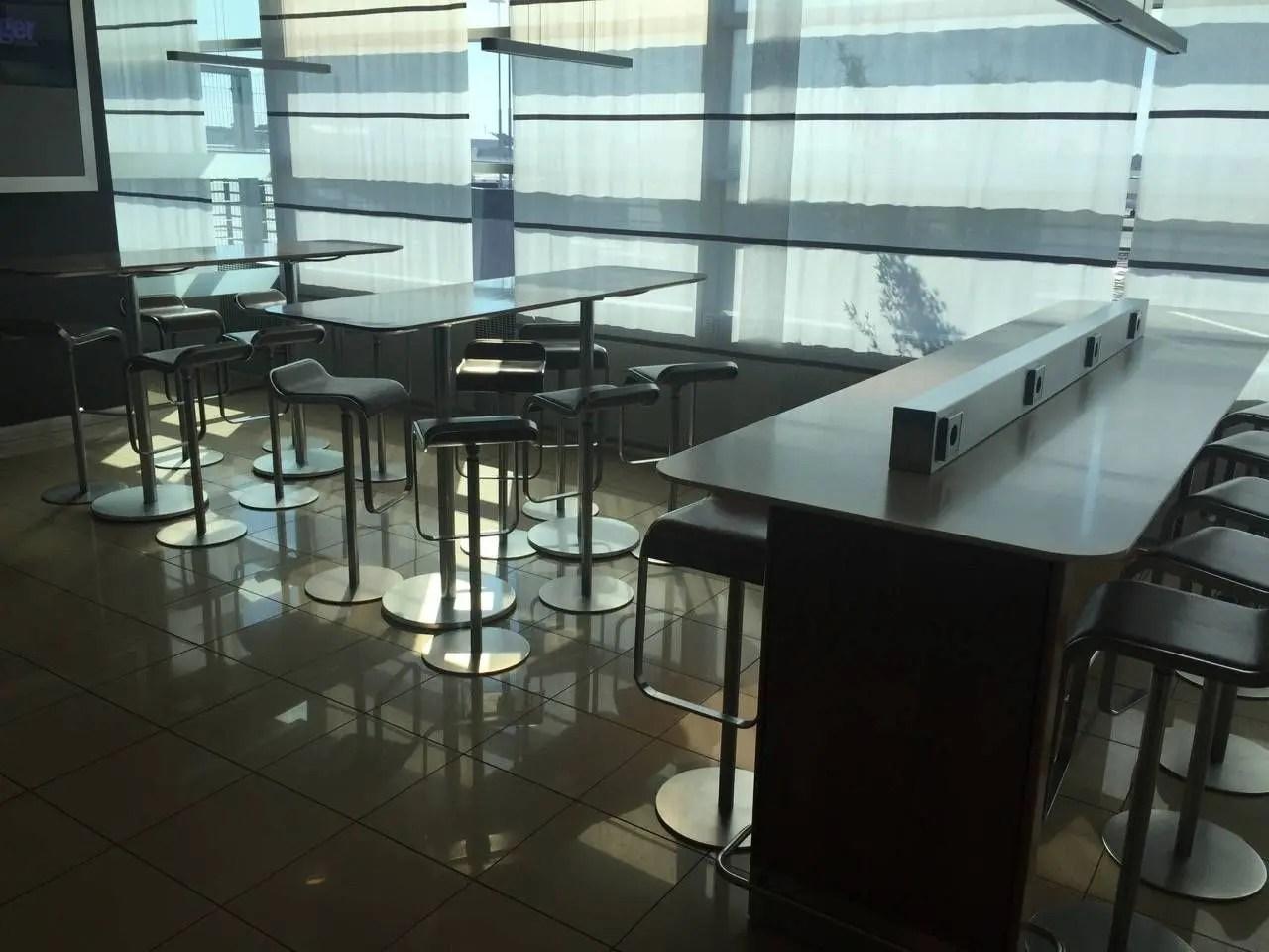 Lufthansa Senator Lounge Hamburg-013